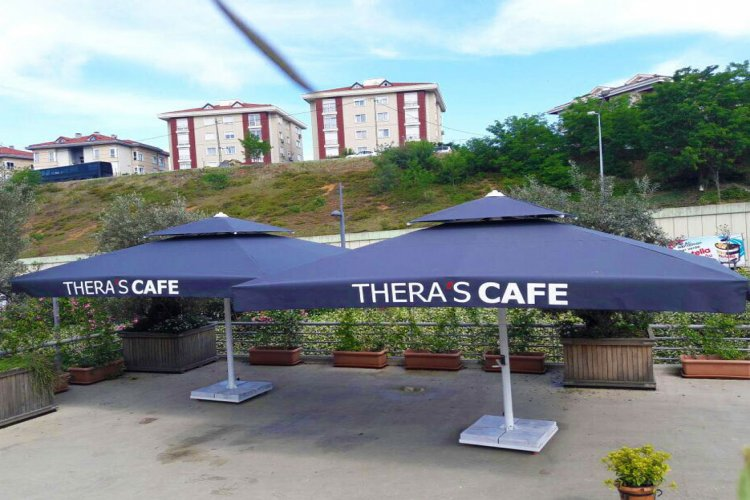 Thera's Cafe